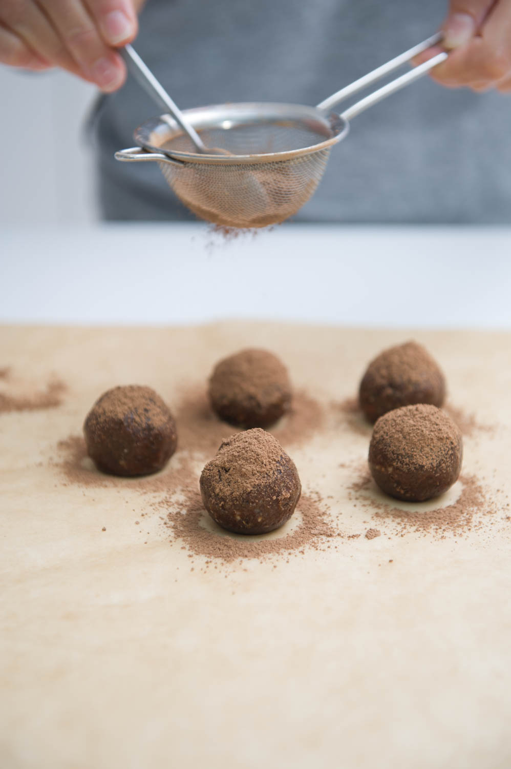 Cacao and Nut Butter Balls.Gluten free, Raw, Vegan.