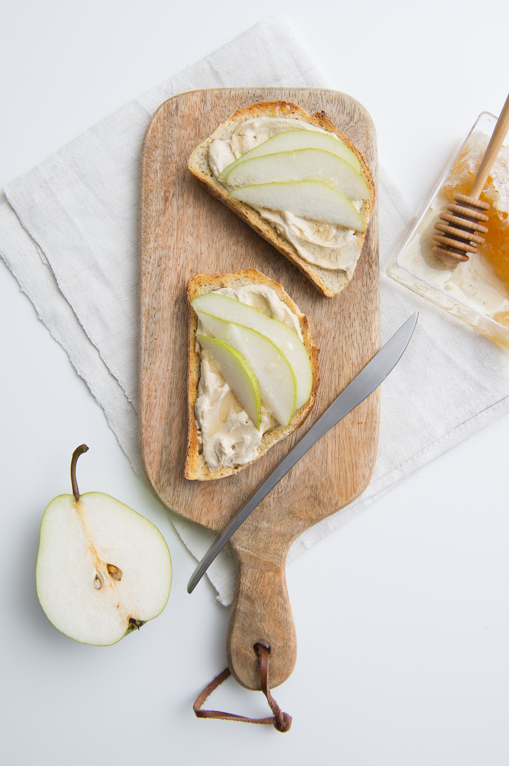 "Spiced Pear ""Cream Cheese"""