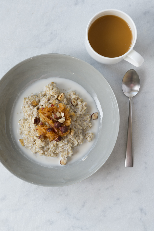 Apple, Cinnamon and Vanilla Quinoa Porridge
