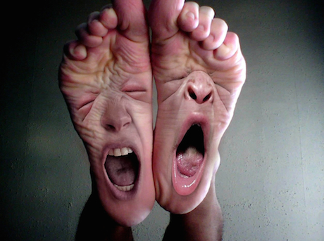 Unhappy feet = Unhappy travelers. Image from  here .