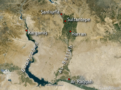 The border region between Turkey and Syria. Note the path of the Euphrates River on the left, including Lake Al-Asad (south of Kargamiş or Carchemish). Note also the Al-Balīkh drainage system that extends from Şanlıurfa in modern Turkey to Ar-Raqqah in modern Syria. From north to south the system is about 80 miles long.