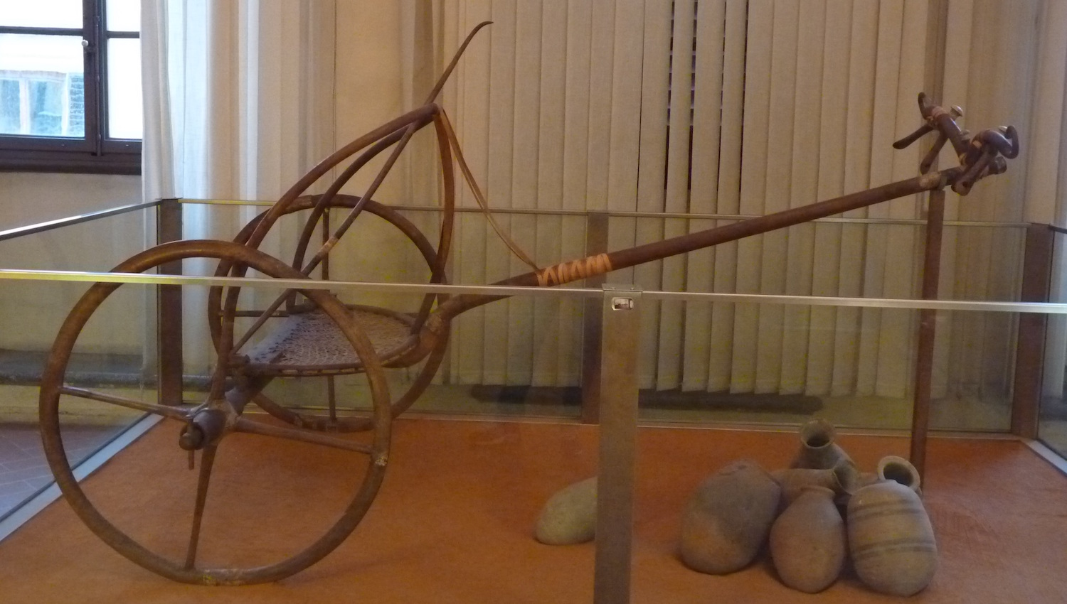 The Egyptian war-chariot was a finely balanced and delicate piece of equipment. It was built for speed, a shooting platform for archers. Image from  here.