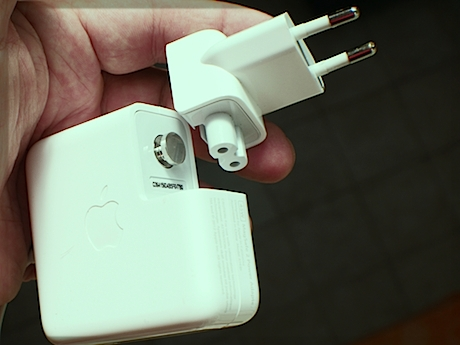 "Apple makes ""swappable"" plugs for their power adapters. Why didn't you tell me about this sooner? Apple also takes 220 volts, so I'm good to go here."
