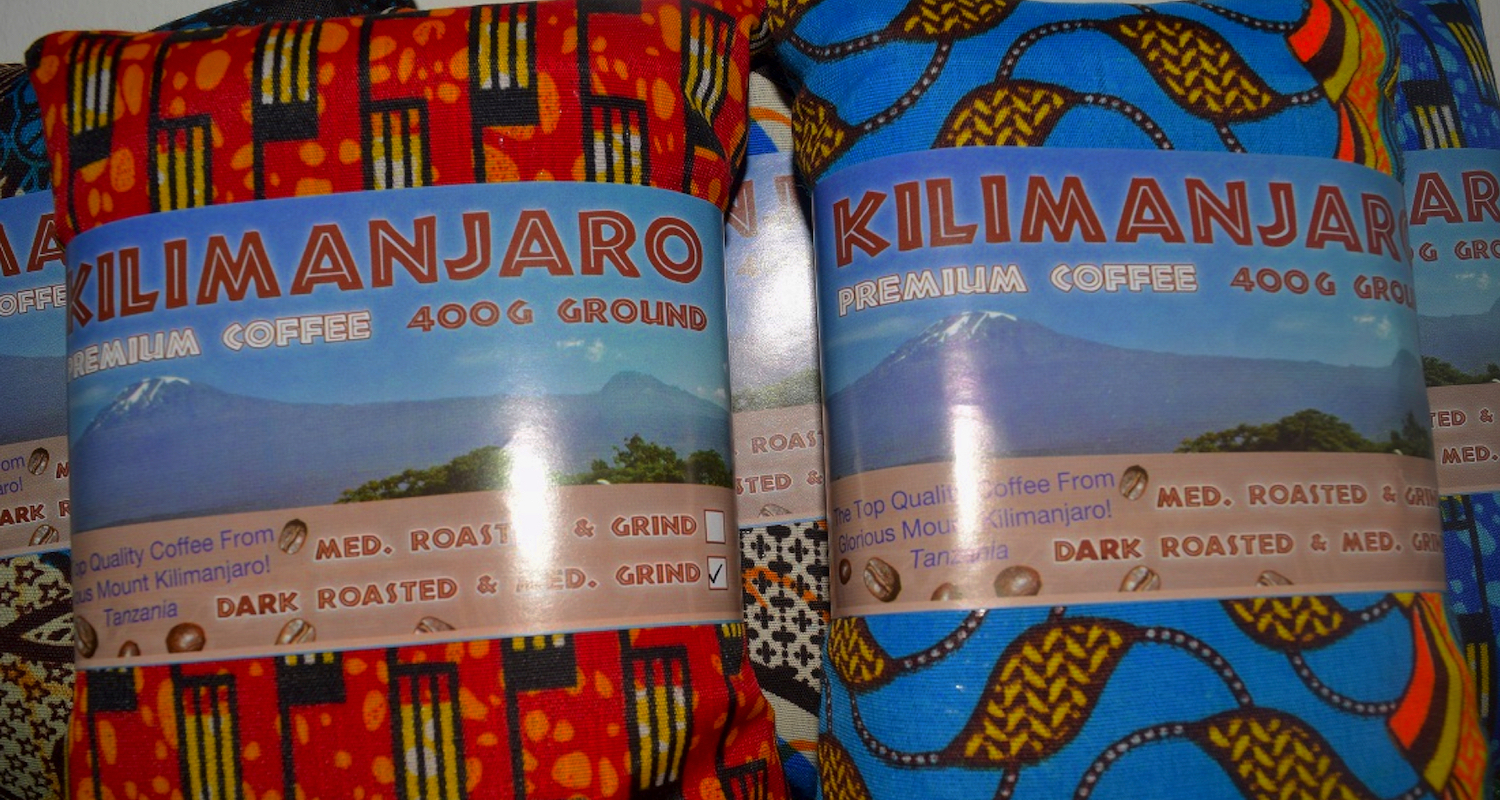 I purchased some bags of coffee as souvenirs at the shop below Mweka Gate. The packaging turned out to be better than the flavor.