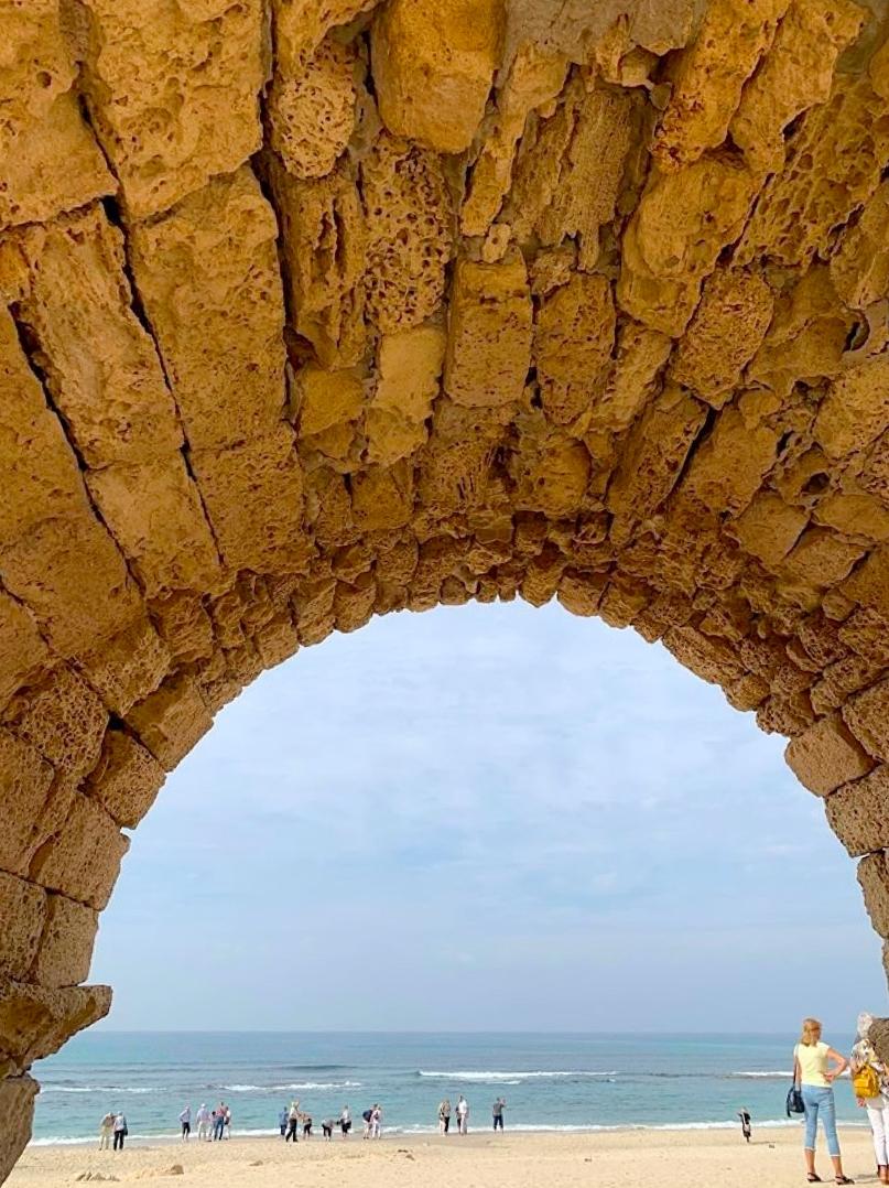 CM aqueduct.jpg
