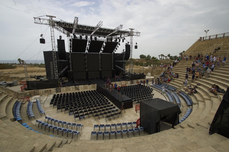 Caesarea theater 2.jpg