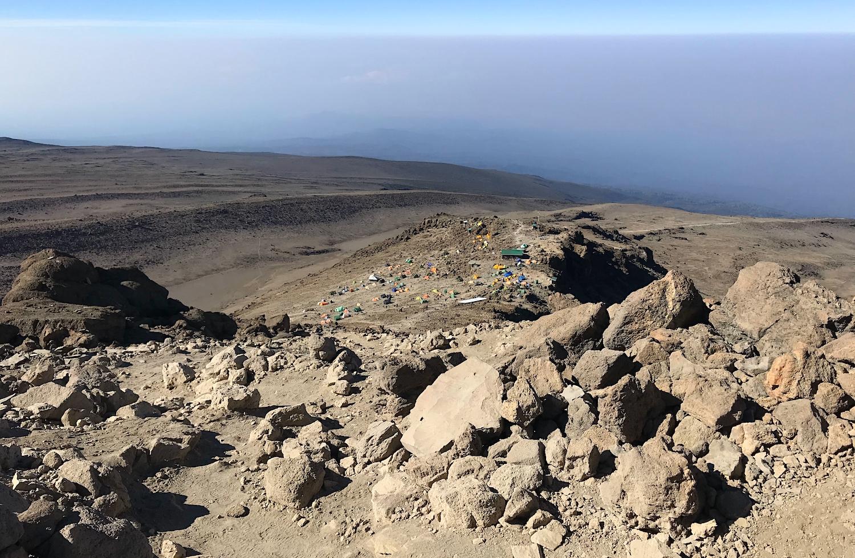 Descent trail to Barafu Camp 3.jpg