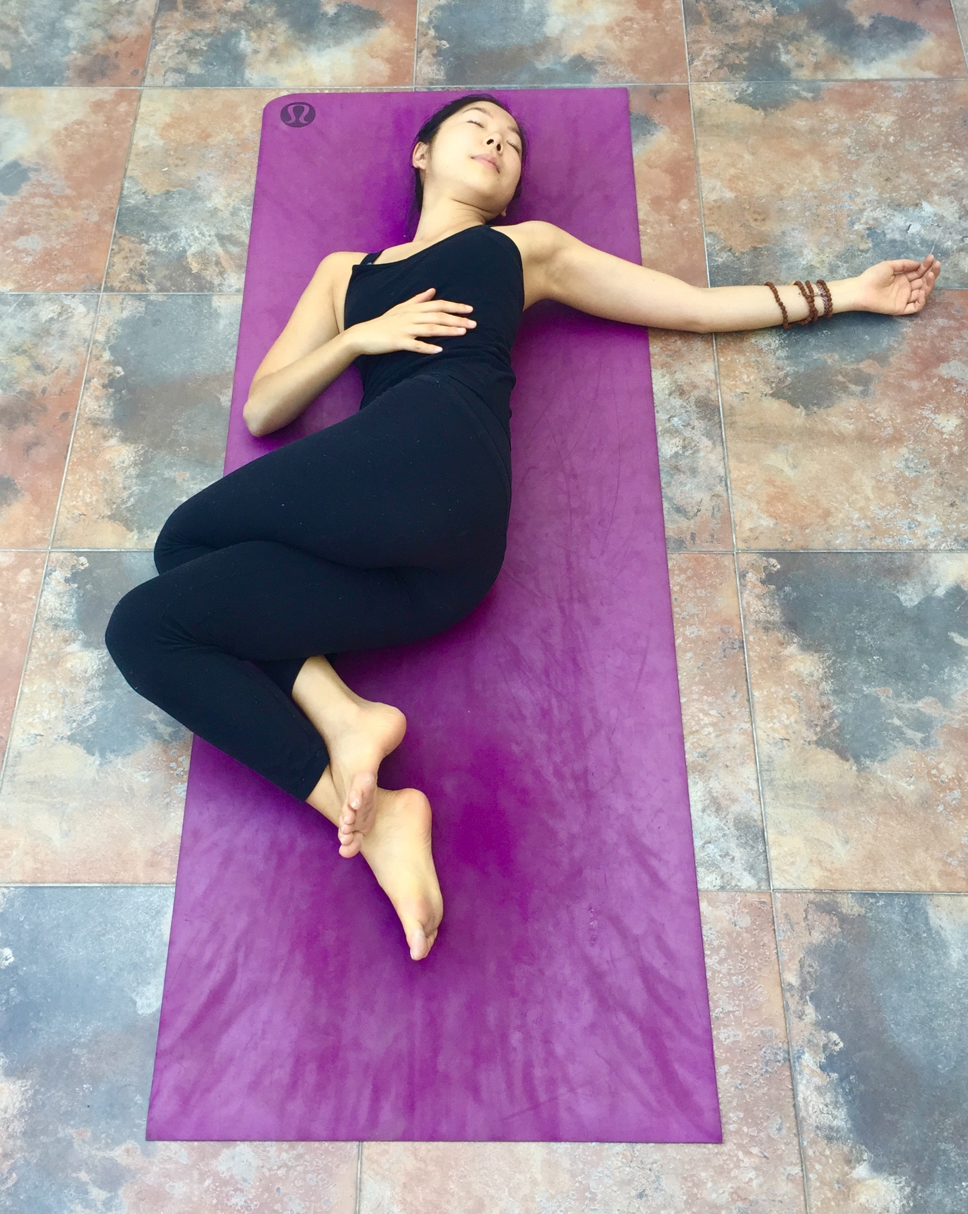 Reclining Twist variation-Annie Au Yin Yoga
