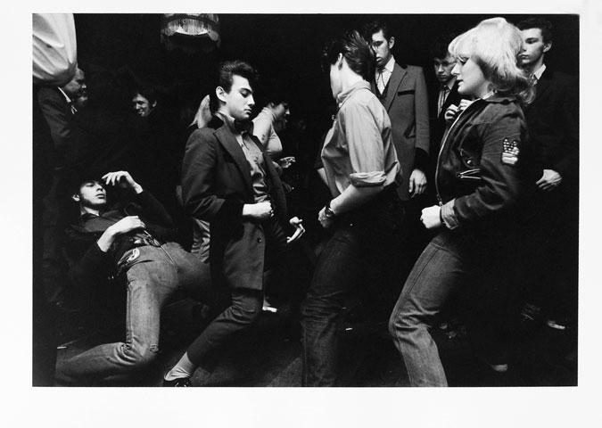 GB. ENGLAND. London. Adam and Eve pub in Hackney.1976.