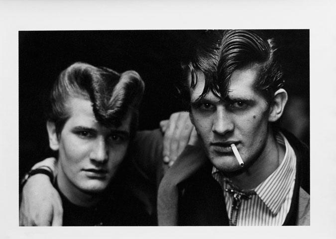 G.B. ENGLAND. Red Deer, Croydon. 1976.
