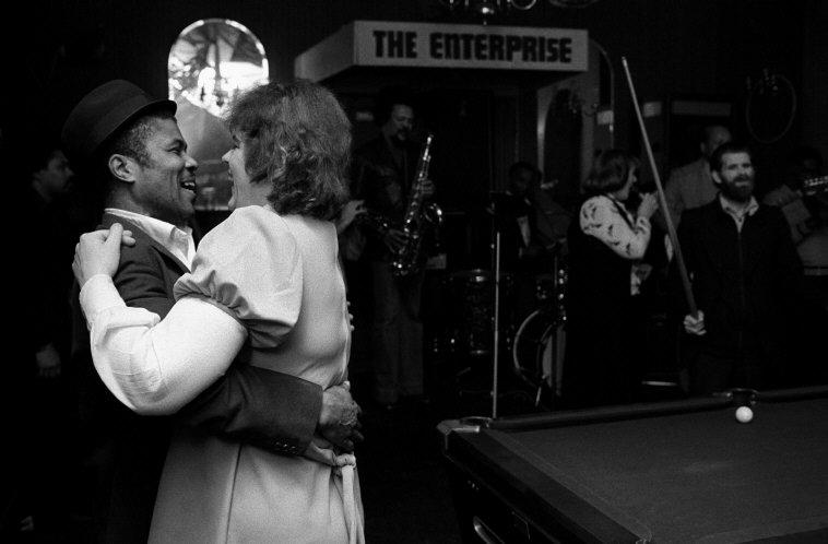 G.B. ENGLAND. Bar in London. 1975.