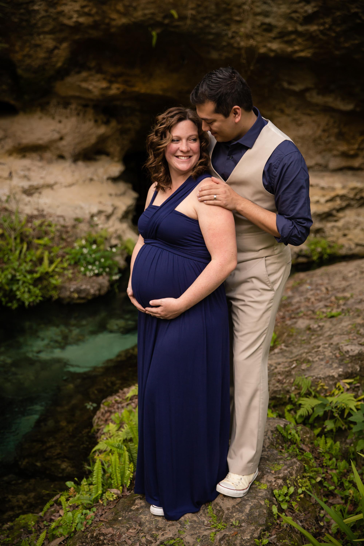 Amber + Andrew_Maternity30.jpg
