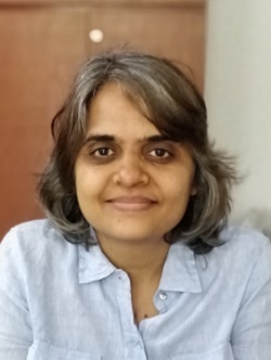 Madhavi Kolte headshot 250x332.jpg
