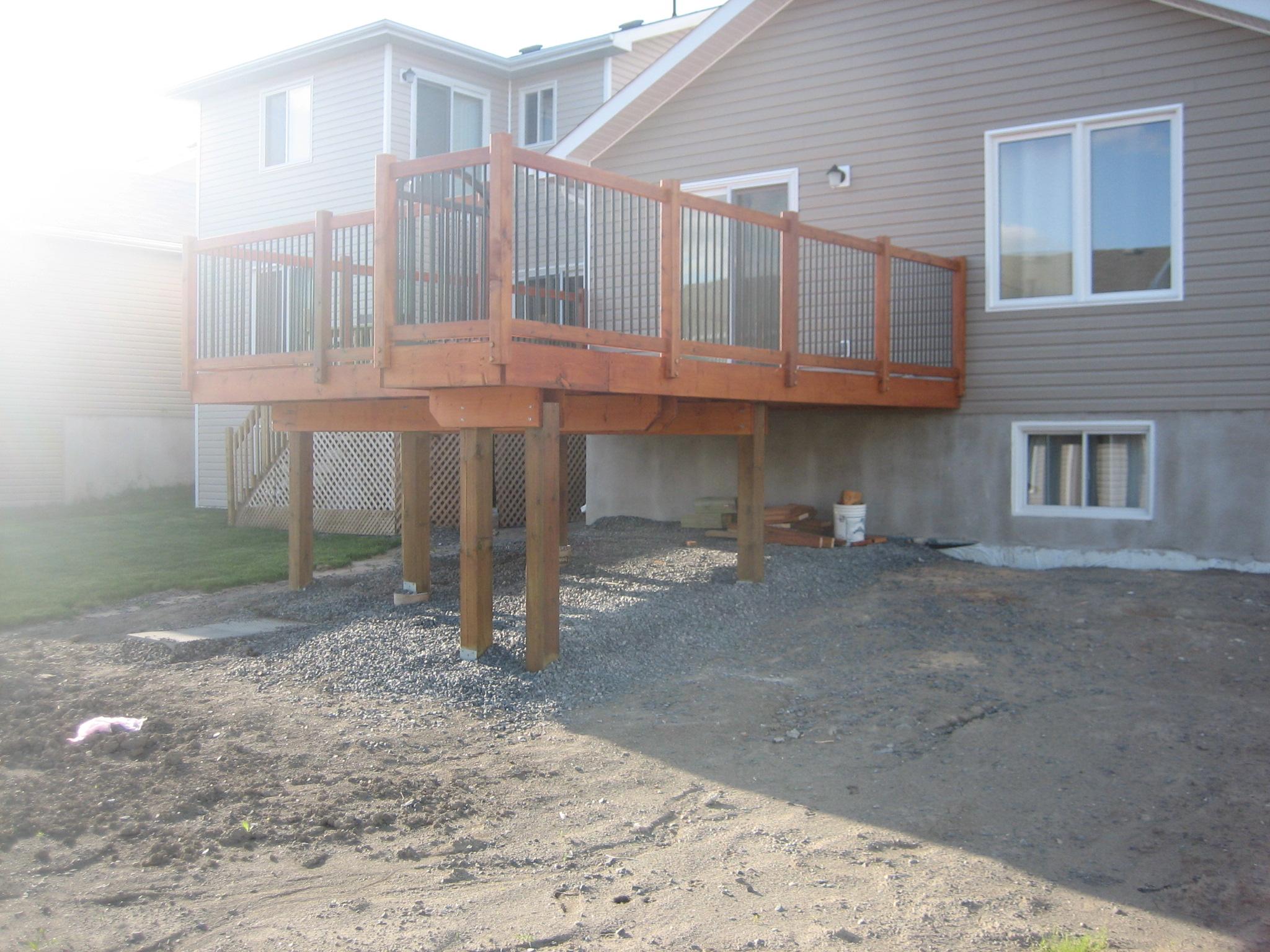 Deck 2009-05-18 (12).JPG