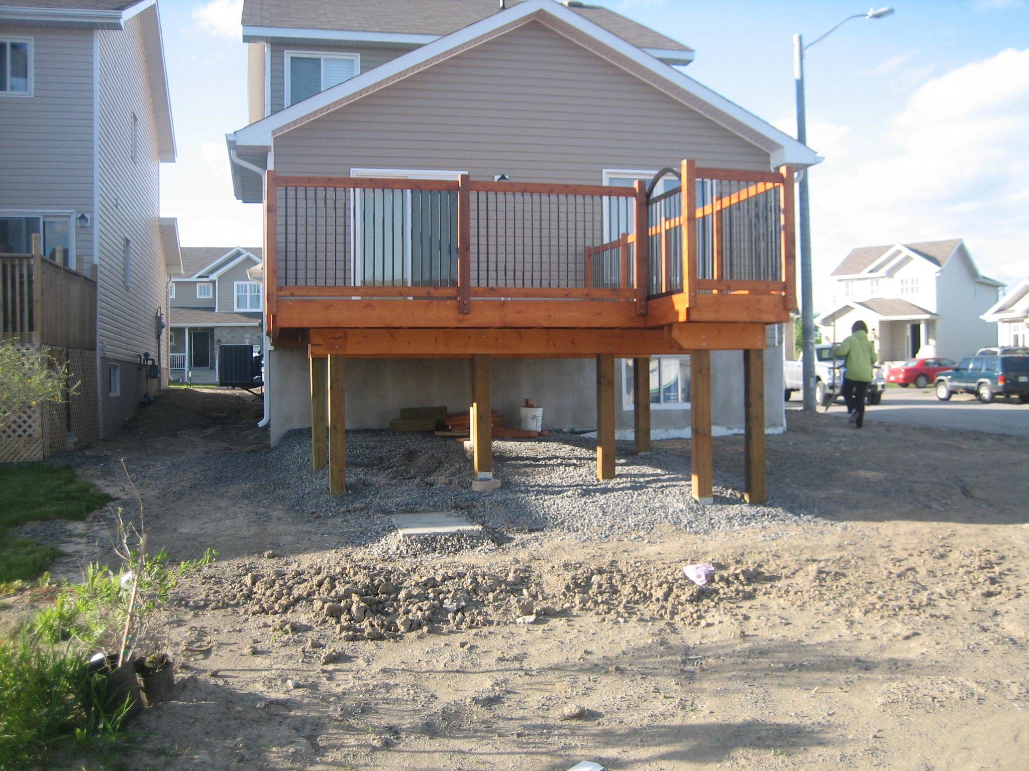 Deck 2009-05-18 (10).JPG