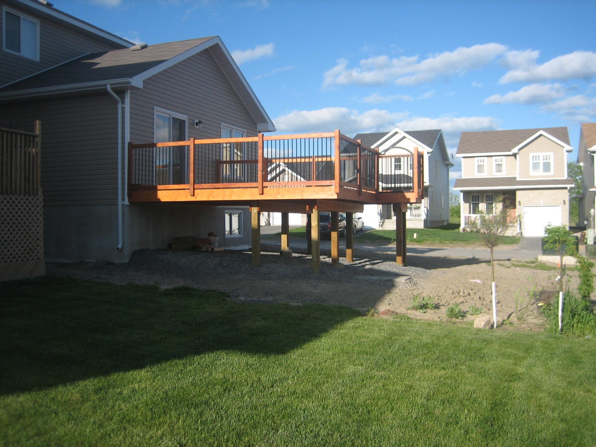 Deck 2009-05-18 (14).JPG