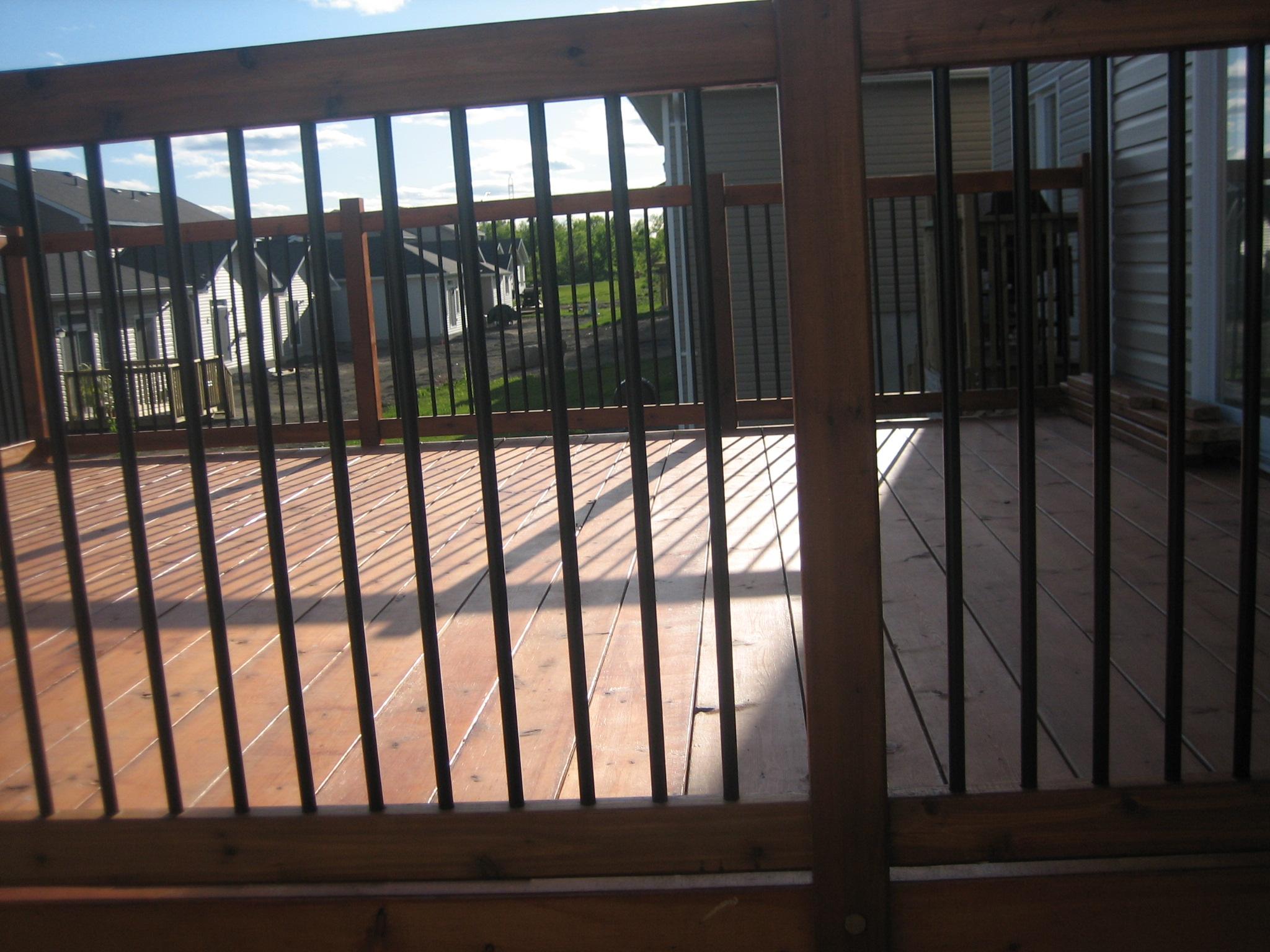 Deck 2009-05-18 (18).JPG