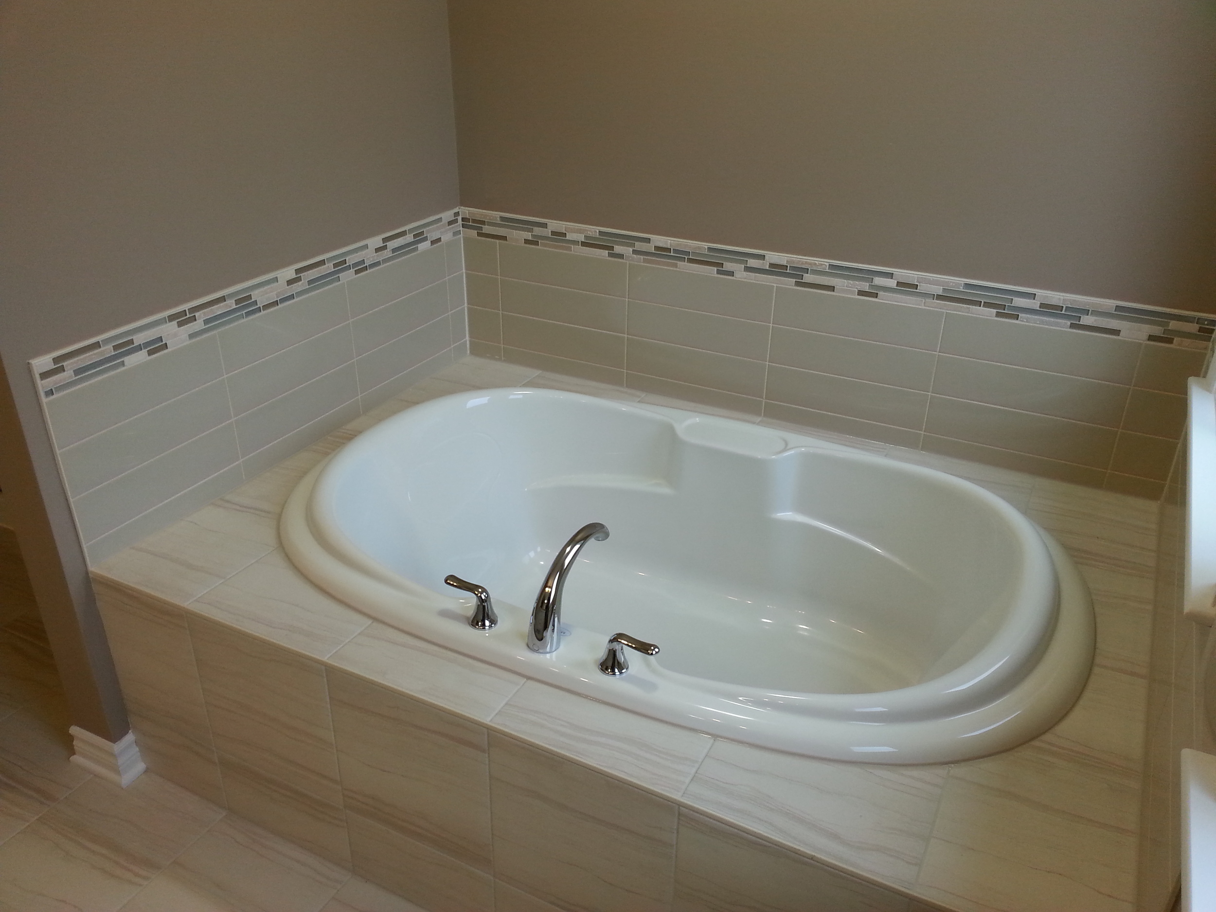 Tile Contractor Work - Shower & Bath Tubs (6).jpg