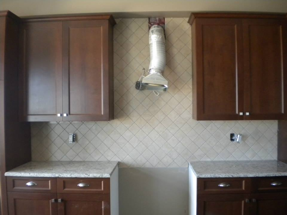 Tile Contractors Work - Kitchen Backsplash (2).jpg