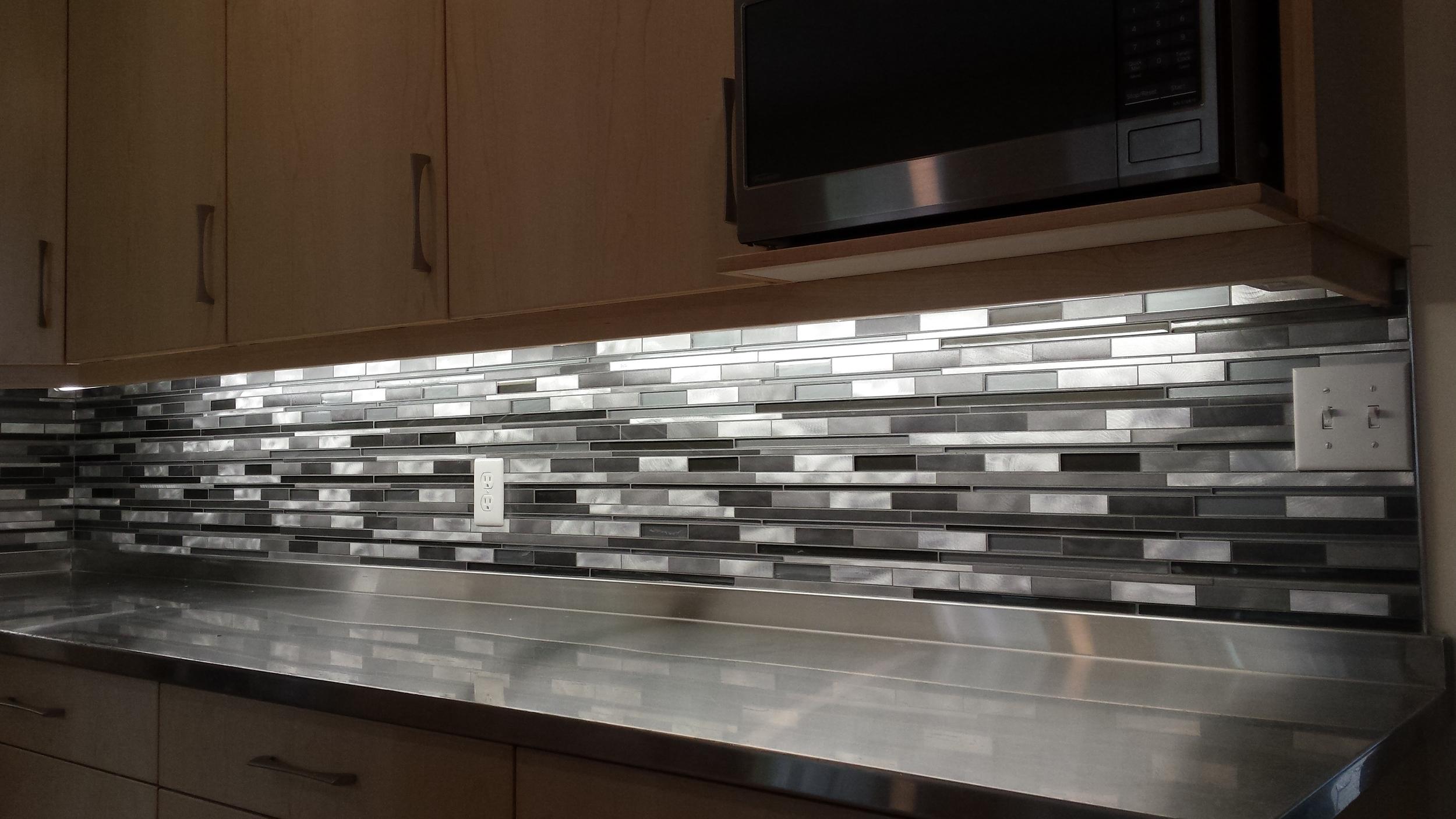 Tile Contractors Work - Kitchen Backsplash (10).jpg