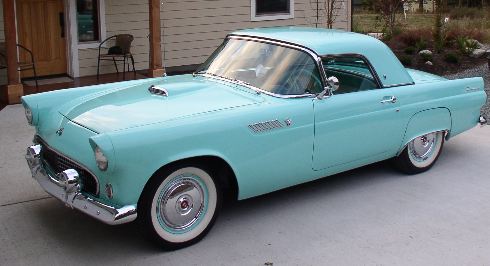 Alan & Regina Kastler 55 Ford T-Bird