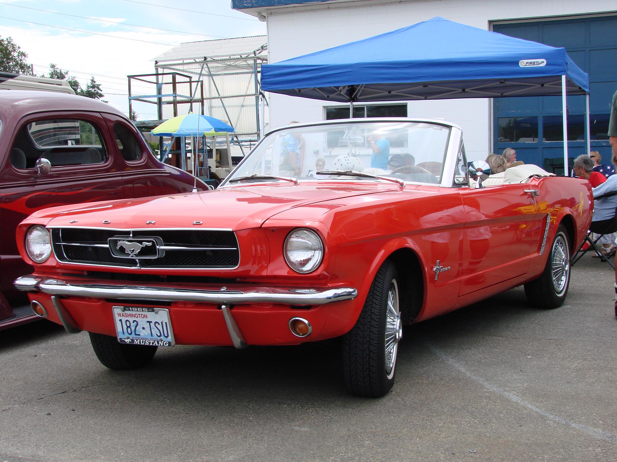 Jim & Linda Haddon 65 Ford Mustang