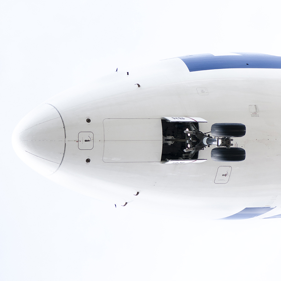 THe Laird Co LOT 787 Nose Aviation Avgeek airplane airline white out photography for site.jpg