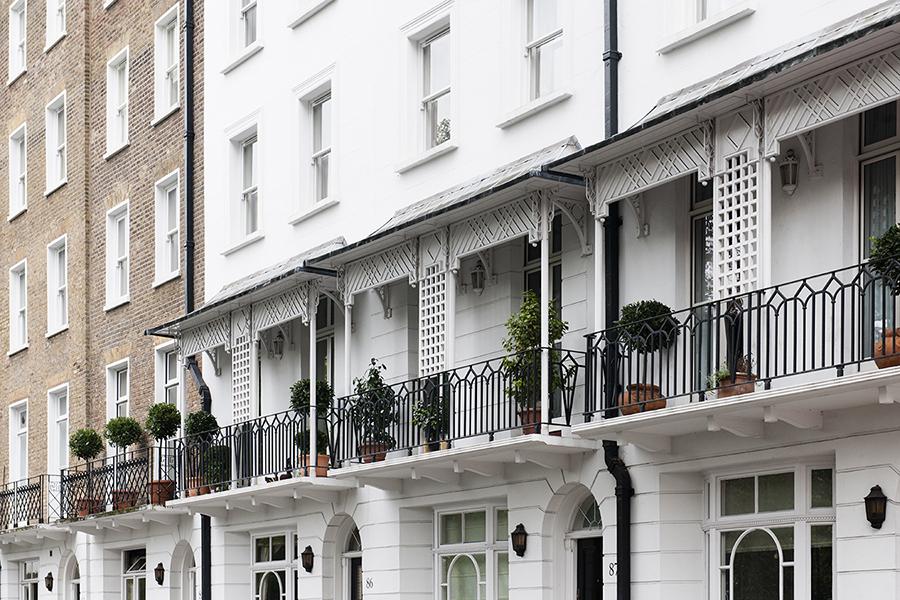 Facades of London No. 11