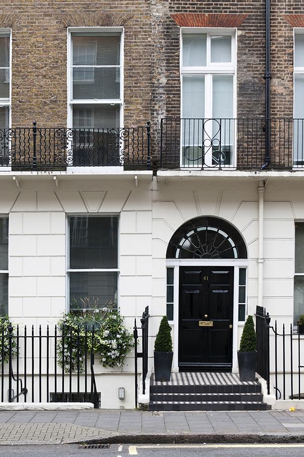 Facades of London No. 13