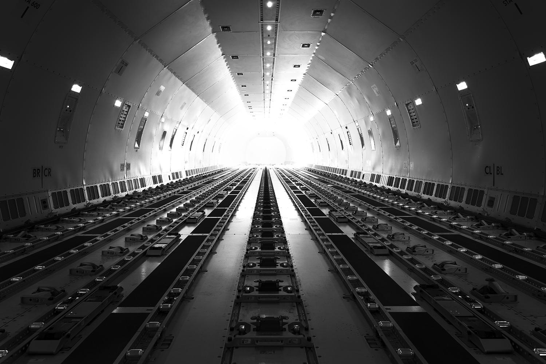 Plane Metal - 777 Cargo cavern.jpg