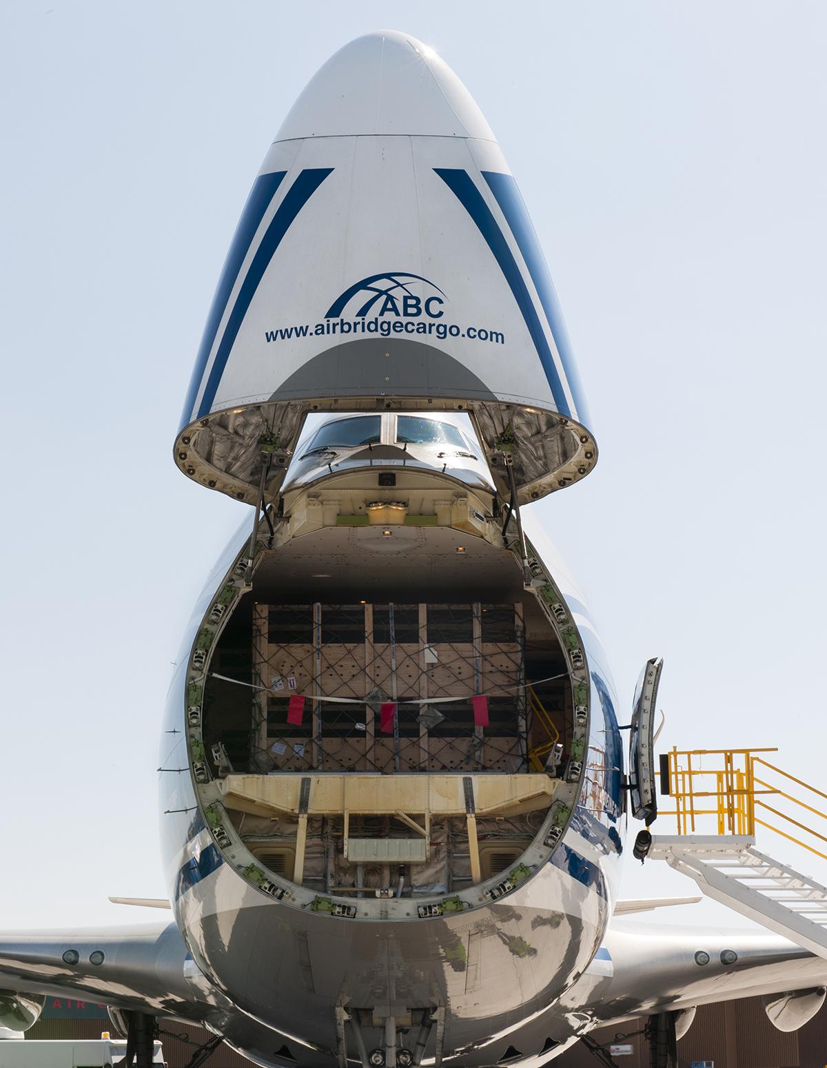 YWG Cargo Plane 3.jpg