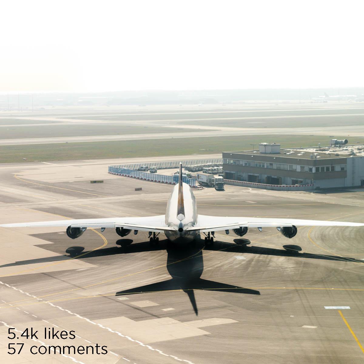 lh 747 shadow head on (1 of 1).jpg