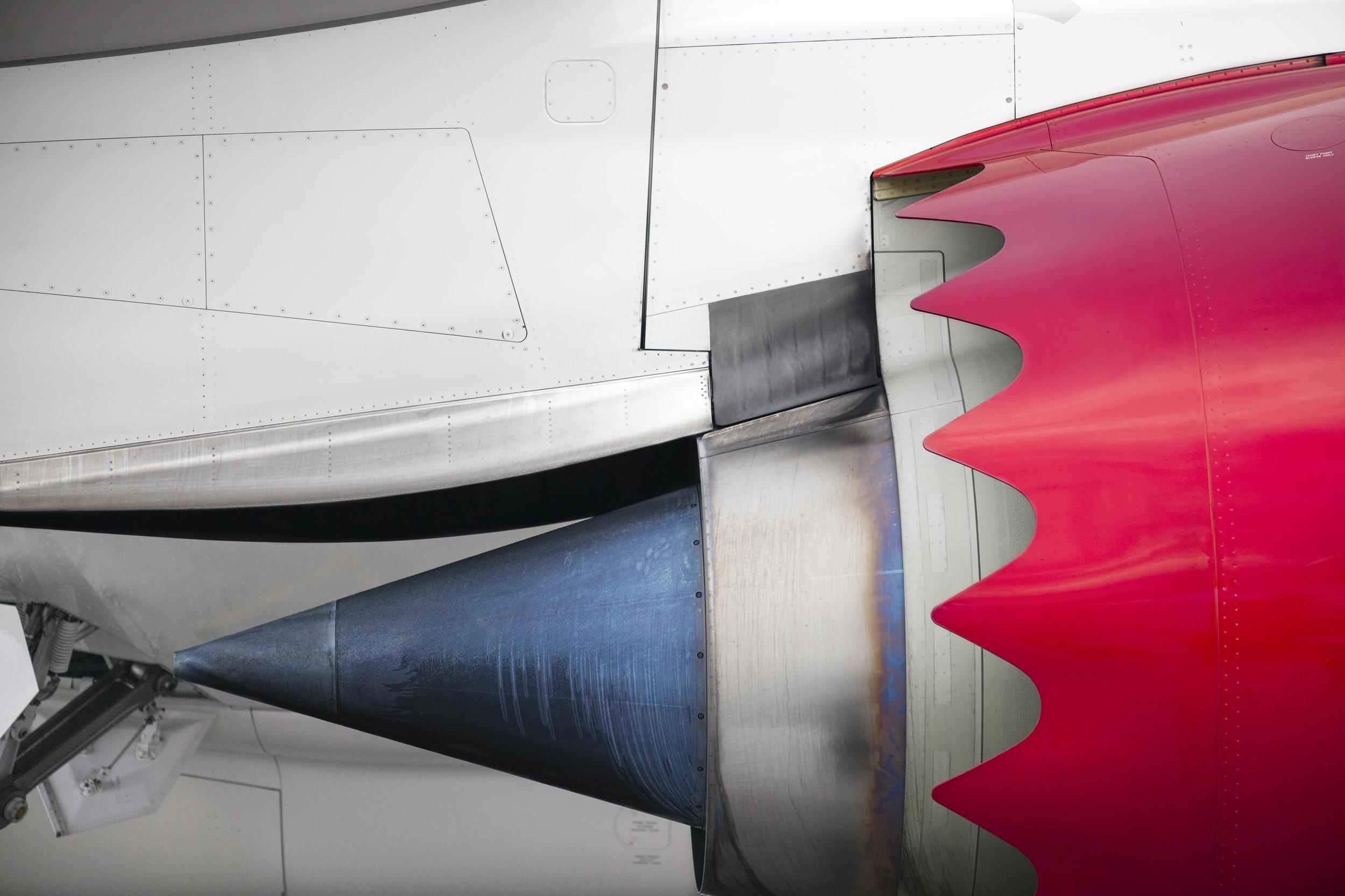 787 engine (1 of 1).jpg