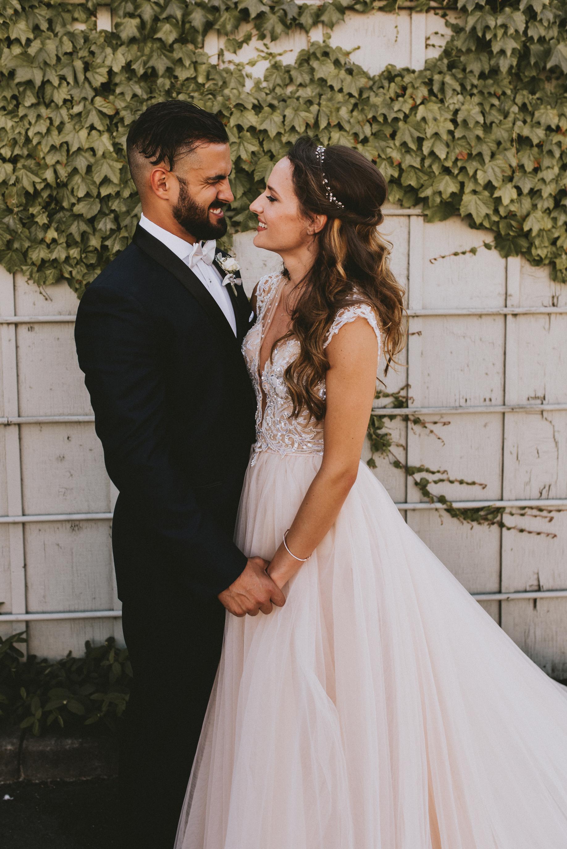 SAMLANDRETH-bridals-7.jpg