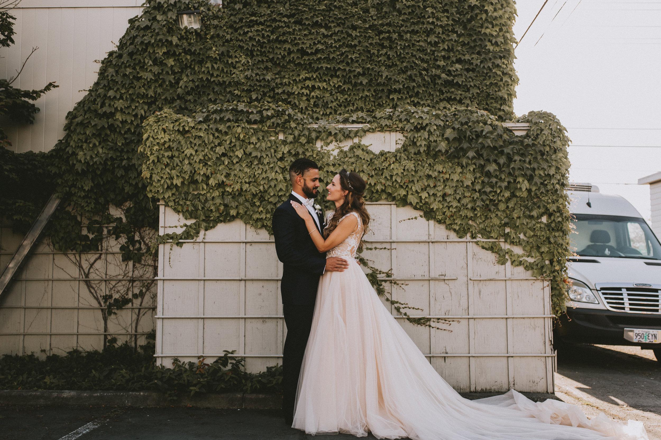 SAMLANDRETH-bridals-9.jpg