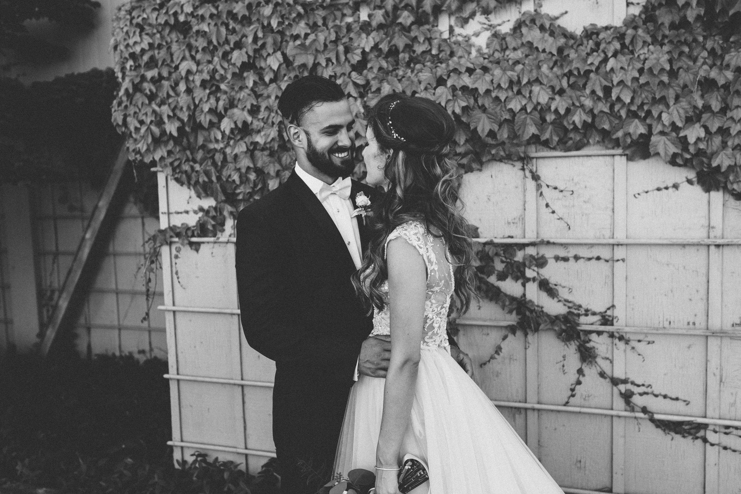 SAMLANDRETH-bridals-15.jpg