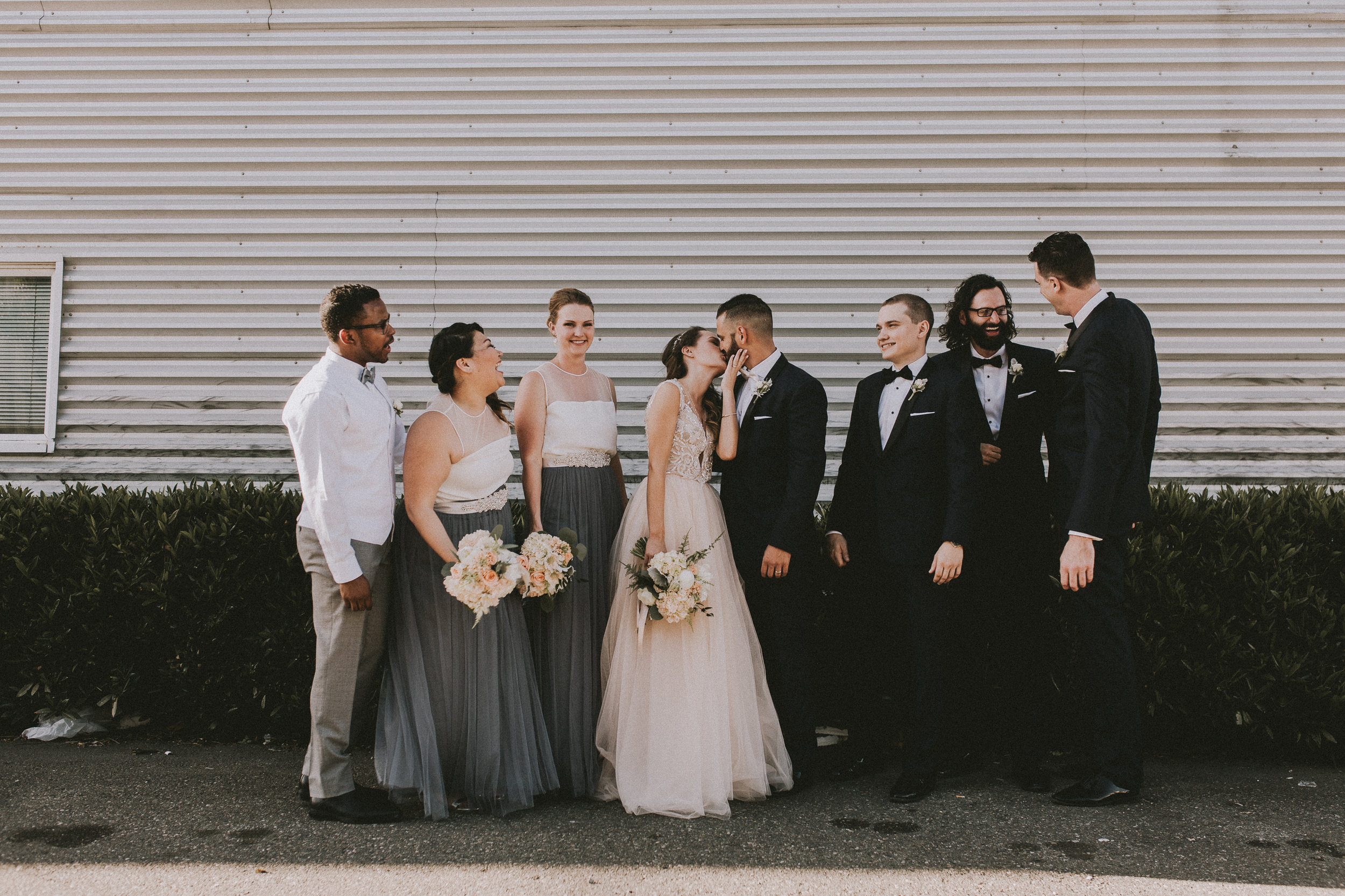 SAMLANDRETH-bridals-47.jpg