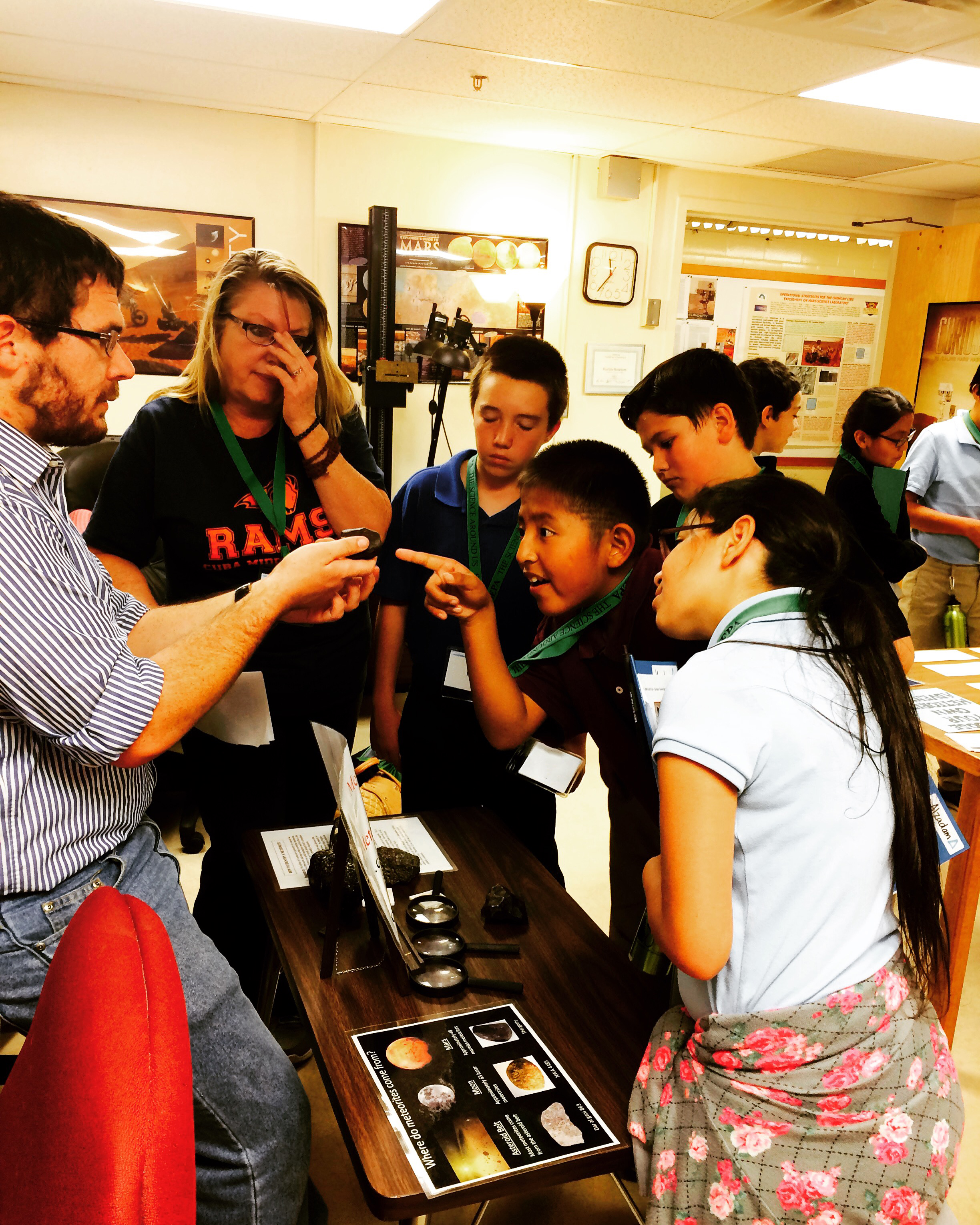 Students distinguish meteorites from earth rocks based on critera and observations