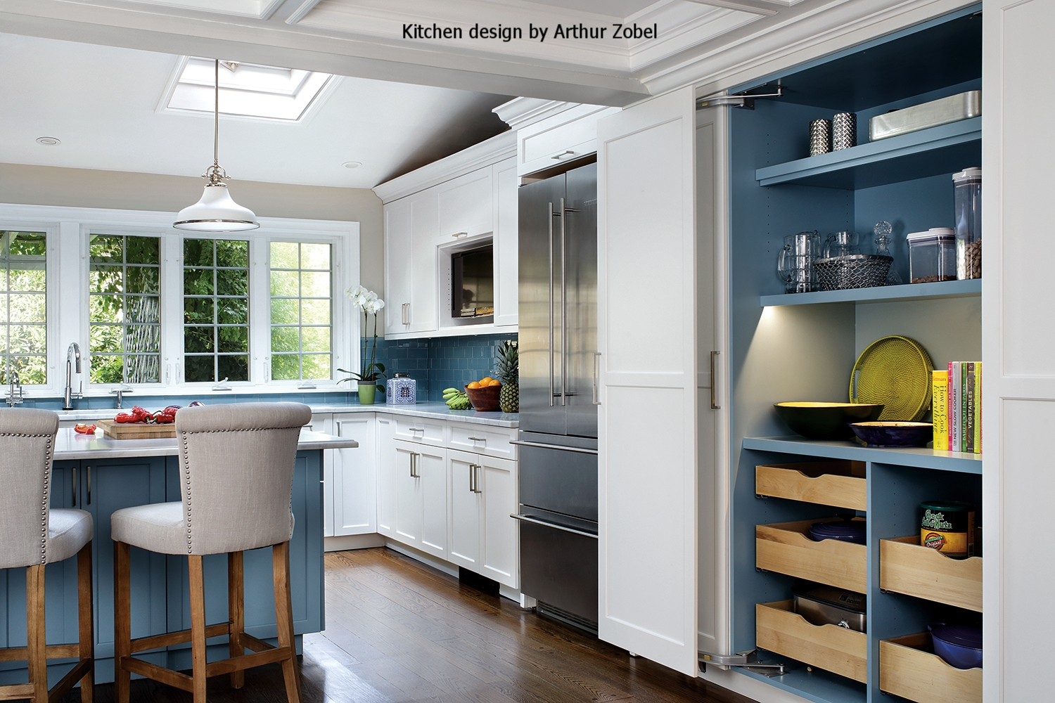 C12350_Plain&FancyPelhamKitchenFullPantryCloset_119_low.jpg