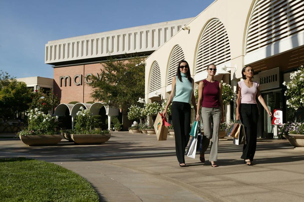 Stanford Shopping Center Macy's