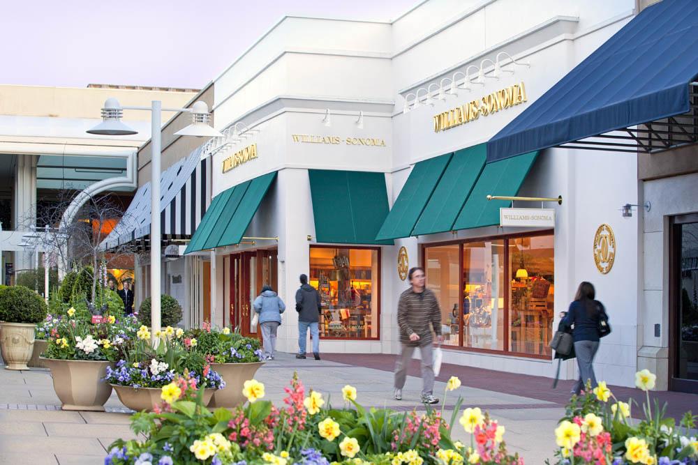William Sonoma Stanford Shopping Center