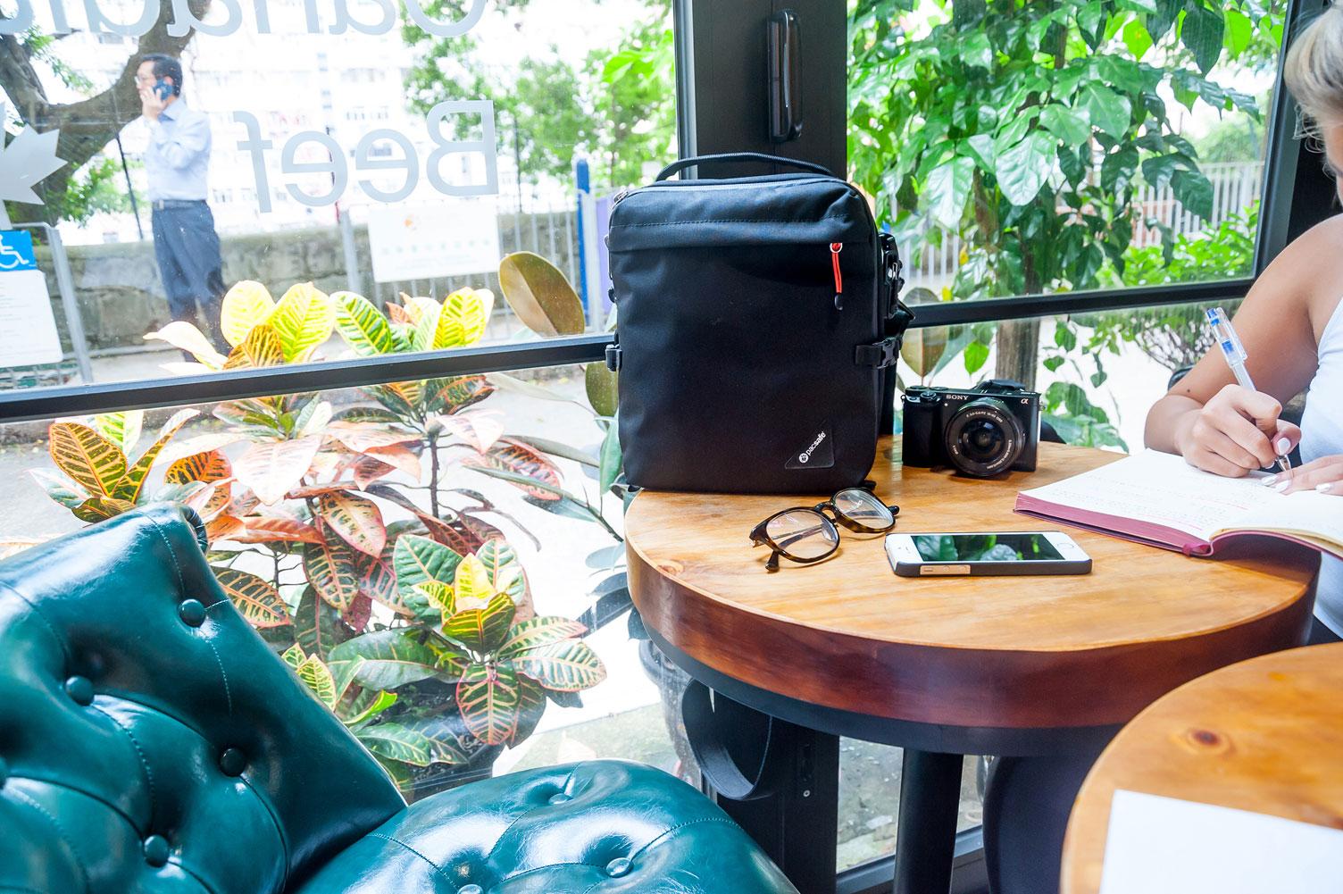 pacsafe bag black travel work