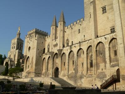 Papstpalast_Avignon.JPG