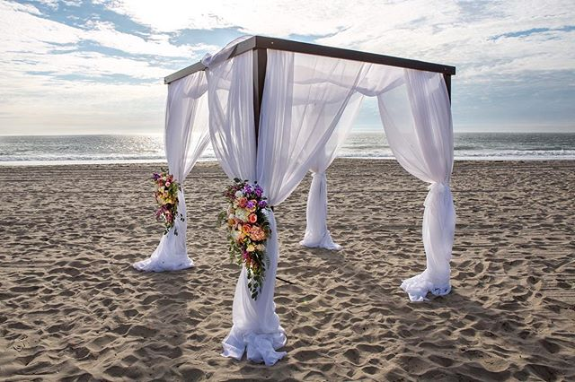 See you at the Altar :) My client did an amazing job with this beautiful do it yourself beach wedding. #Wedding #WeddingPhotography #WeddingPhotographer #OrangeCountyWeddingPhotographer #Altar #weddingaltar #florist #WeddingFlorist #WeddingPlanner #OrangeCountyWeddingPlanner #saltcreekbeach #SaltCreek #brettwernerphotography #BeachWedding #WeddingDay #dyiwedding #sunset #photography #inspiration