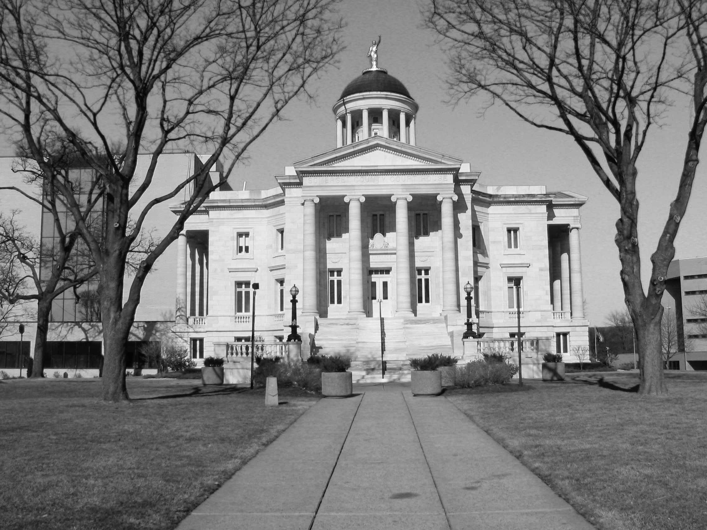 SomervilleCourtHouse_BW.png