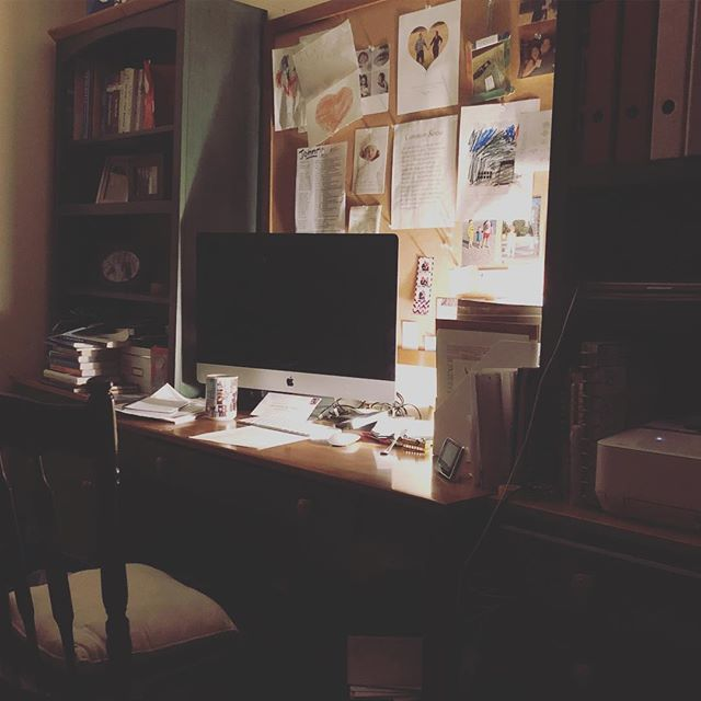 My little corner of the world.  Back at editing again and loving it!  Looking to freelance so anyone needing help with editing projects, feel free to reach out to me! #njvideographer #editor #fcpx #njfilmmaker #simplyshire #allentownnj