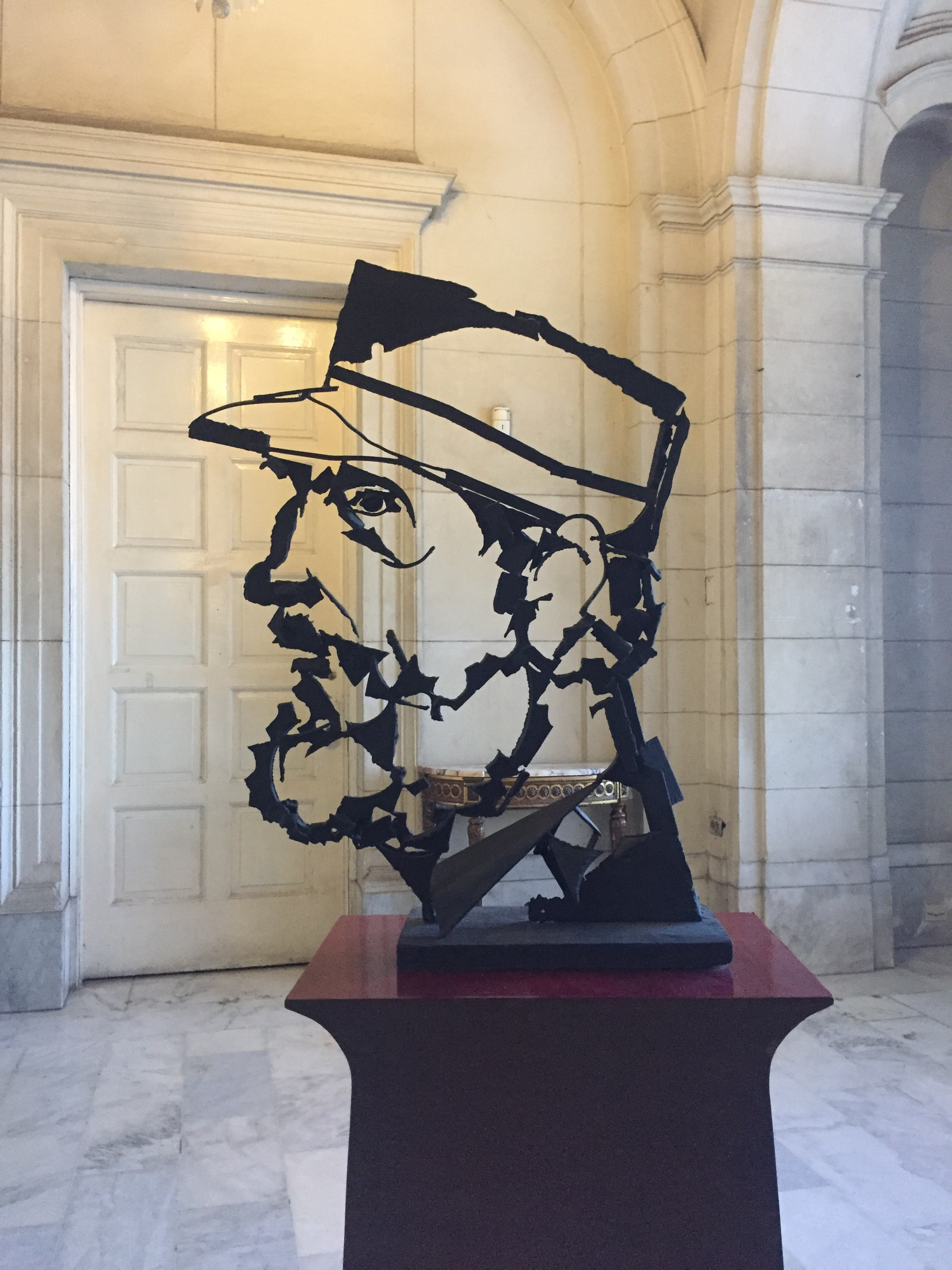 Fidel sculpture at the Museum of the Revolution