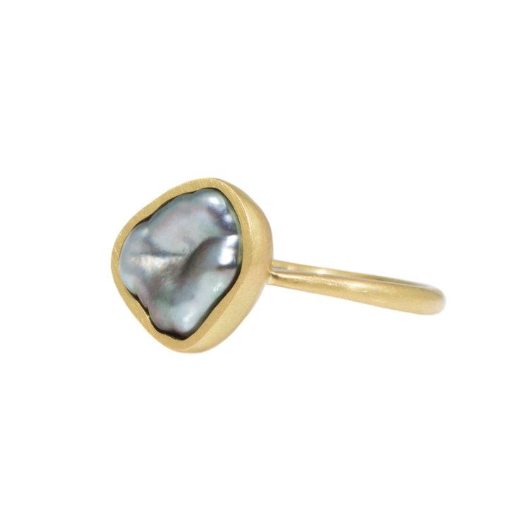 Keshi Pearl Ring in 18k Yellow Gold