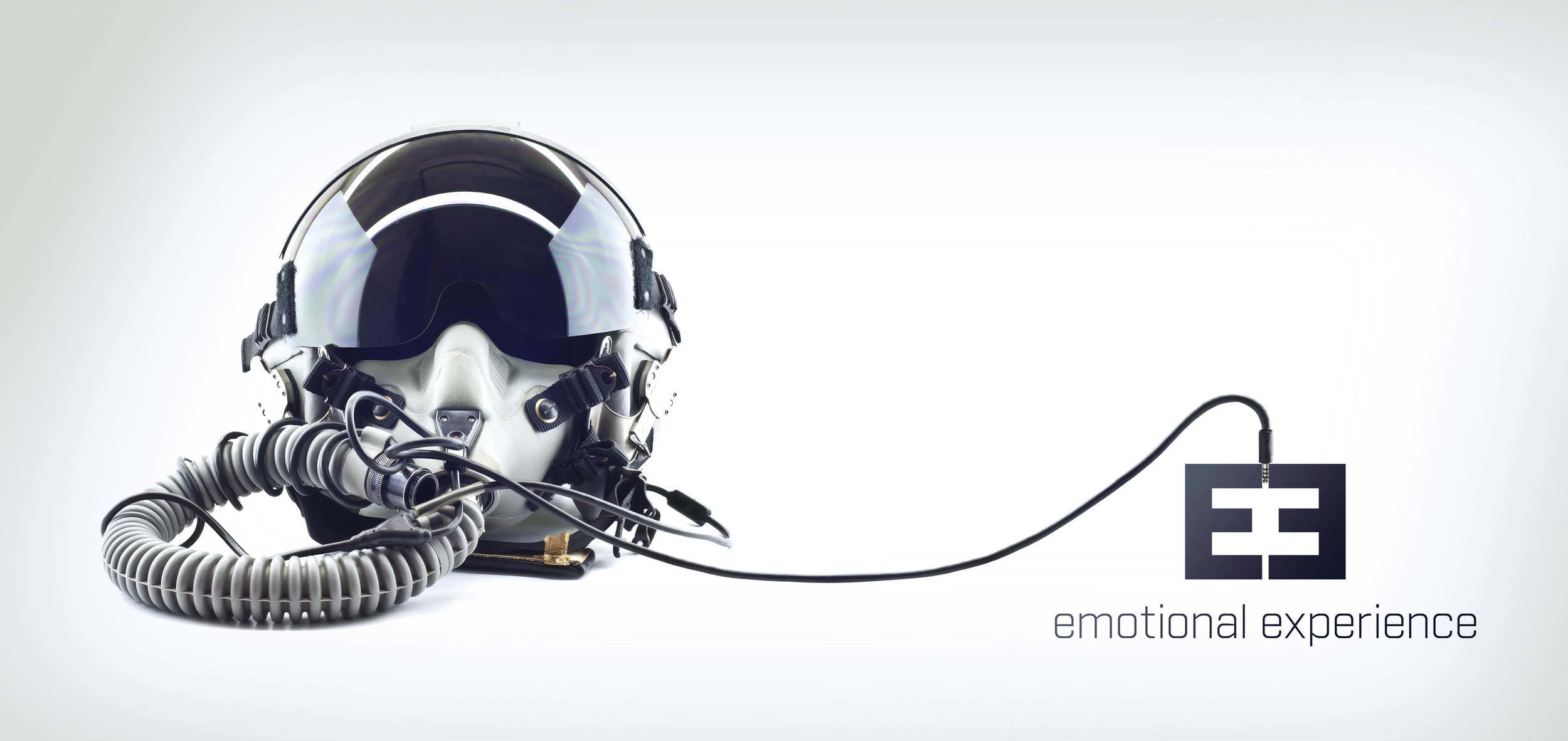 Iphone_Helm_Pilot.jpg