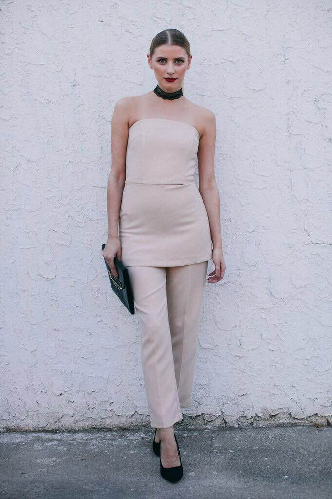 Jumpsuit: Asos, Clutch: Asos, Shoes: Qupid from Eden Sky, Choker: Forever 21